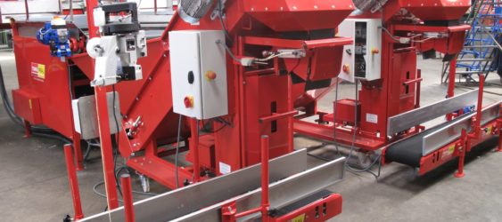 BAG/TRAY CONVEYOR