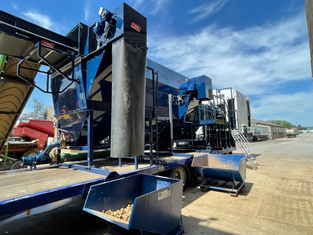 Wolds Prdocue Mobile Potato Washer c   Tong Engineering UK